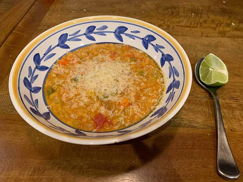 【簡単レシピ】レンズ豆の野菜スープ:寒い夜にはぴったりの健康スープ