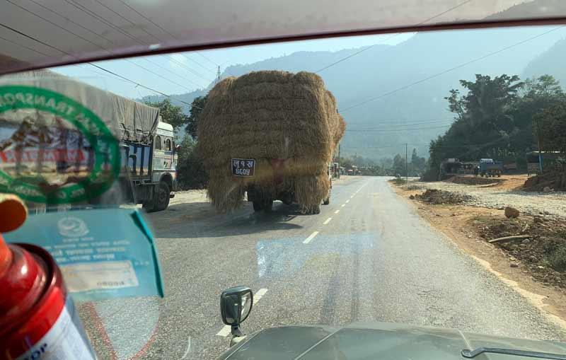カトマンズからポカラまでの移動方法はチャーター車がオススメな理由!